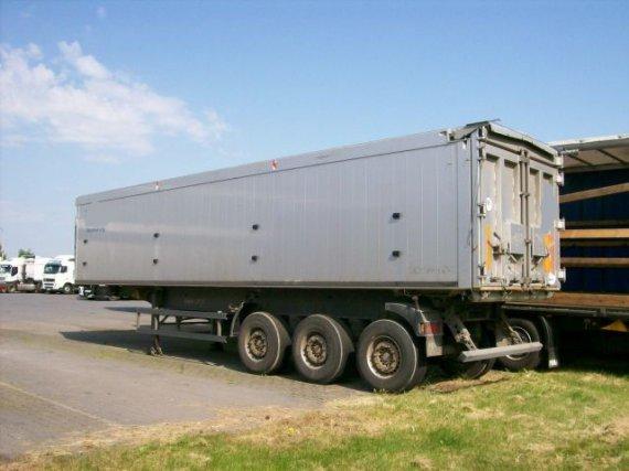 SCHMITZ, 3-osý sklápěcí návěs hliníkový, 50 m3, plachta, 2005, 167 000 km
