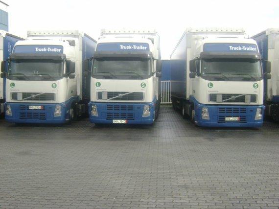 VOLVO FH 12 440, 2007, komplet spoilers, Clima, XL Cabine EURO 5, low deck, + trailer Schmitz 2007