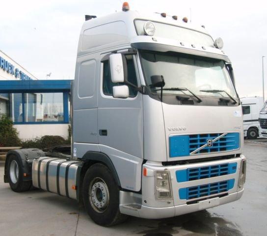 Volvo FH 12.460 trucker 2004