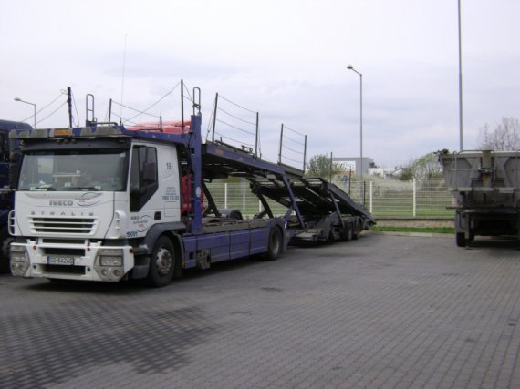 Iveco Stralis, complet for transportation cars